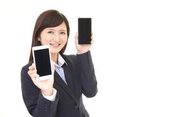 auの法人携帯契約は違う!ドコモ、ソフトバンクとの料金プラン比較